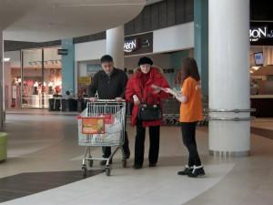 рекламная акция в обувном магазине
