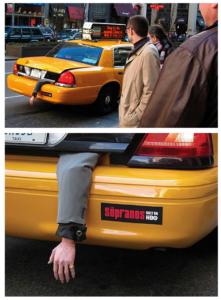 Реклама сериала на автомобиле